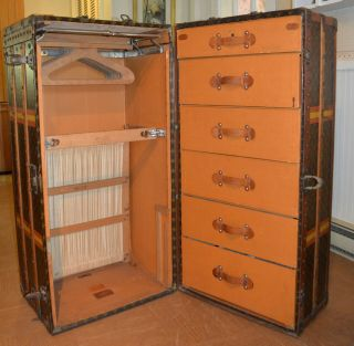 Early 1900 ' s Louis Vuitton Upright Wardrobe Trunk 7
