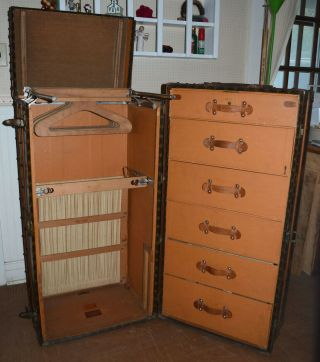 Early 1900 ' s Louis Vuitton Upright Wardrobe Trunk 8