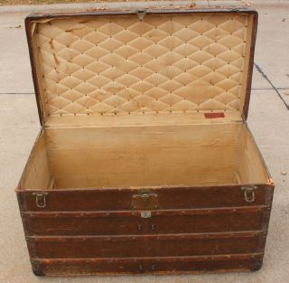 Old Louis Vuitton Steamer Trunk Monogrammed Canvas - Red Tag - Brass Handles 3