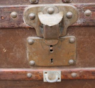 Old Louis Vuitton Steamer Trunk Monogrammed Canvas - Red Tag - Brass Handles 6