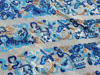 Large antique Chinese embroidery textile 90 cm x75 cm 4