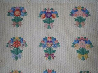 MASTERPIECE Trapunto Vintage 1937 French Bouquets Applique QUILT 11