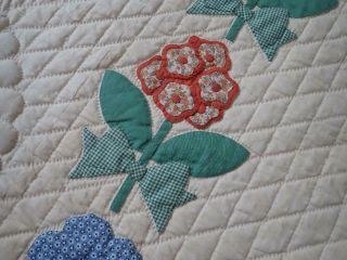 MASTERPIECE Trapunto Vintage 1937 French Bouquets Applique QUILT 12