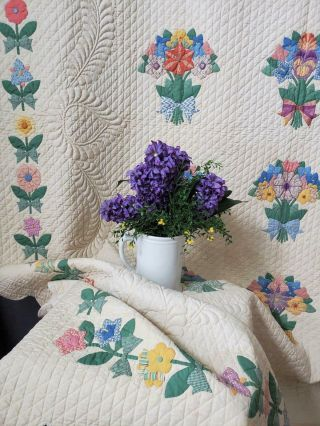 Masterpiece Trapunto Vintage 1937 French Bouquets Applique Quilt