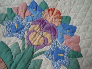 MASTERPIECE Trapunto Vintage 1937 French Bouquets Applique QUILT 2