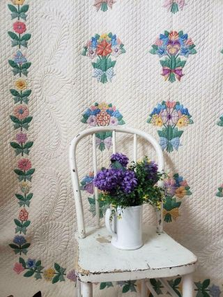 MASTERPIECE Trapunto Vintage 1937 French Bouquets Applique QUILT 3