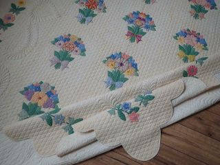 MASTERPIECE Trapunto Vintage 1937 French Bouquets Applique QUILT 8