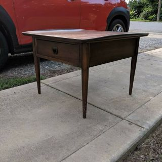 """Mid - Century Bassett """" Surfboard """" Walnut End Table With Drawer"""