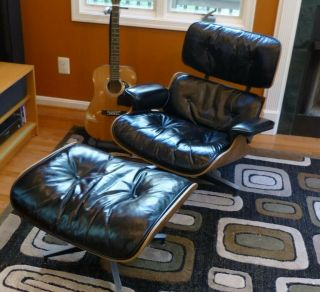 Vintage 1950s Eames Herman Miller Lounge Chair And Ottoman