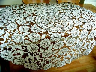 "Exquisite Vintage Hand Embroidered Circular Madeira Tablecloth 62 "" In Diameter"