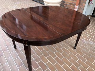 KINDEL Federal Inlaid Mahogany Dining Room Table - IT IS A STEAL 2