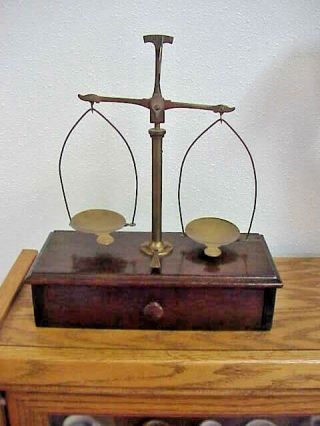 Vtg Portable Gold Balance Scale With Wooden Box & Attachments