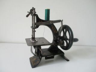 Rare Muller No.  10 Cast Iron Toy Sewing Machine Early 1900