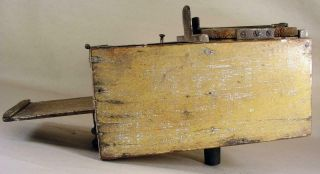Antique Tin - Wooden Bee Lining Or Hunting Box Apiary Beekeeping Yellow Painted 9