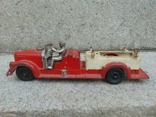 Vintage Hubley Cast Iron Firetruck 13 1/2 Inches