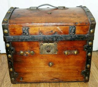 Rare 1800s Antique Dome - Top Steamer Half Trunk With Lock & Key 16x15x15