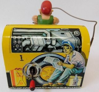ULTRA RARE 1950 ' s GESCHA (Western Germany) Tin Wind - up COMPRESSOR MAN 556 Toy 3