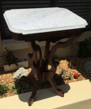 Early Victorian Eastlake Carved Walnut Marble Top Parlor / Side End Table