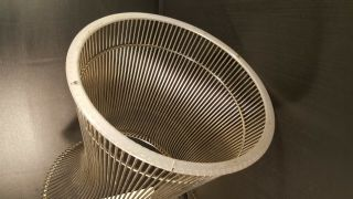 Warren Platner for Knoll Wire & Glass Round Side Table 5