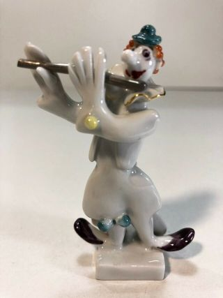 A Meissen Porcelain Figure Of A Clown Playing A Flute/orchestra Player/handmade