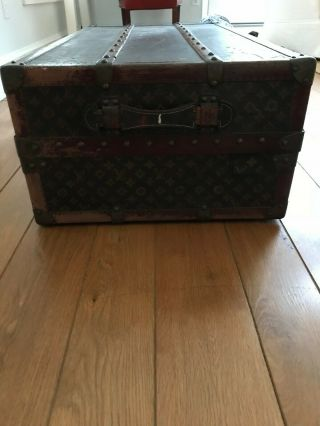 Early 20th Century Louis Vuitton Wardrobe Trunk Hand Stenciled Monogram Pattern. 6