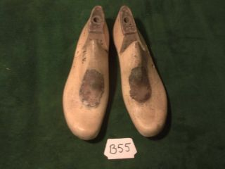 Vintage Pair Wood Stuart Size 7 - 1/2 E 38 Shoe Factory Industrial Lasts B - 55