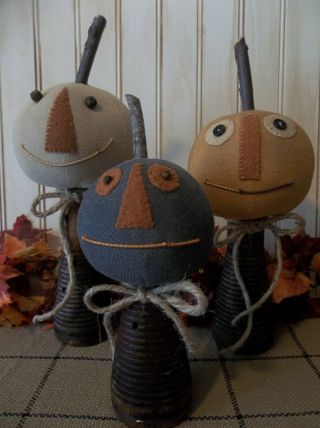 Trio Of Primitive Handmade Jack - O - Lanterns On Antique Wood Beehive Spools