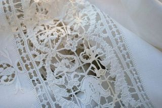 Antique Estate Elegant Italian Linen & Hand Done Reticella Lace Banquet Cloth