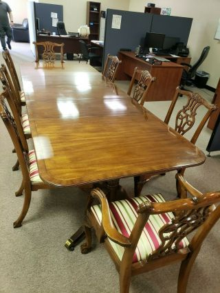 baker inlaid mahogany dining set table and 10 Chippendale chairs 6