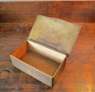 DIRK VAN ERP BOX WITH DECORATIVE ARTS AND CRAFTS BORDER ON THE LID 7