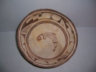 "Pre - Columbian Mimbres Fish With Geometric Pottery Bowl Artifact 10.  5 "" X 5.  25 """