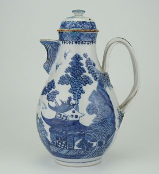 Large Antique Chinese Blue And White Porcelain Coffee Pot Jug & Lid 18th C