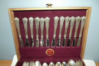 "Gorham Sterling Silver ""buttercup"" Pattern Flatware 122 Pc Set W Wood Chest - Exc"