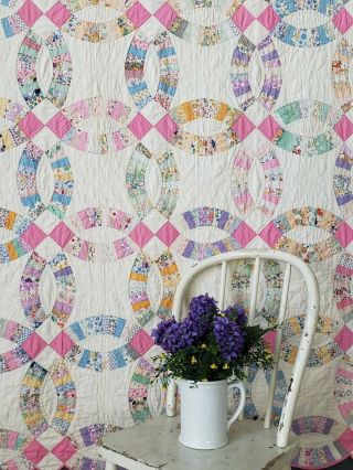 "Pretty Pretty Prints Vintage 30s Pink & White Wedding Ring Quilt 85 "" X 71 """