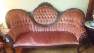 Antique Victorian Red/burgandy Tufted Sofa Couch,  Mahogany,  Ro - Cameo Back - Vg