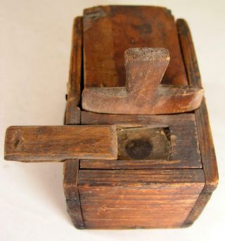 Antique Wooden Queen Bee Box Apiary Beekeeping Primitive Country Farmer Made