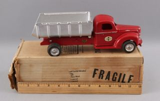 Antique 1940s Arcade Cast Iron International 7100 Construction Dump Truck,  Box