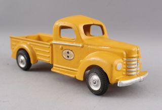 yellow pick up 5