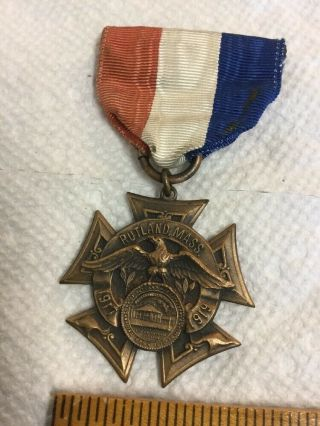 Antique World War I Medal & Ribbon Rutland Mass 1917 - 1919 By Whitehead & Hoag