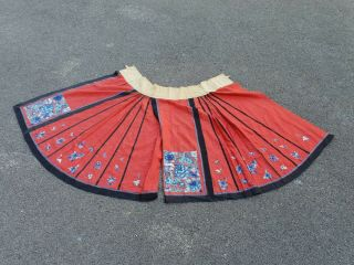 Antique 19 Th Chinese Silk Embroidery Skirt