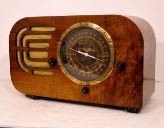 Old Antique Wood Croyden Vintage Tube Radio - Restored & Deco Table Top
