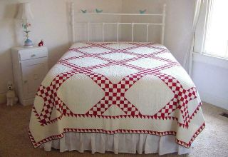 Museum Quality 1800s Hand Stitched Red White Irish Chain Sawtooth Quilt 90x76