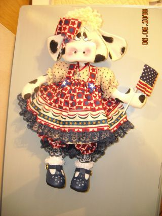 """Primitive Raggedy Doll Americana Patriotic Cow From """" Ginger Creek Crossing """""""