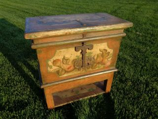 Sugar Chest Primitive Antique Chest 1800