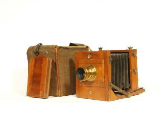 Ca.  1885 English 1/4 Plate Wood Tailboard Camera W/case & W.  W.  Rouch & Co.  Lens