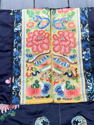 Lovely Antique 1900s Chinese Silk Embroidery Robe with Peking Flowers 9