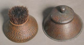 Antique Arts Crafts Signed Roycroft Hammered Copper Inkwell Pen Wipe Brush Metal