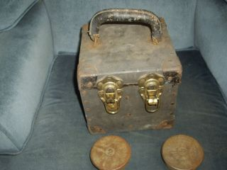 Antique 2lb Scale Weights In Very Old Trunk Style Metal & Wood Carry Case
