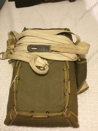 Rare WWII Paratrooper T - 7 Parachute Pack And Silk 9