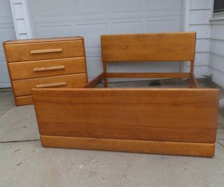 Mid Century Modern Heywood Wakefield Style Small Bedroom Set Bed 3 Drawer Chest